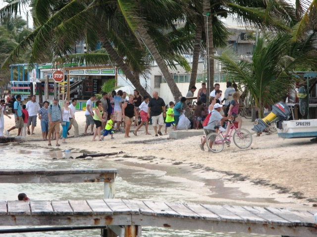 beaches in belize