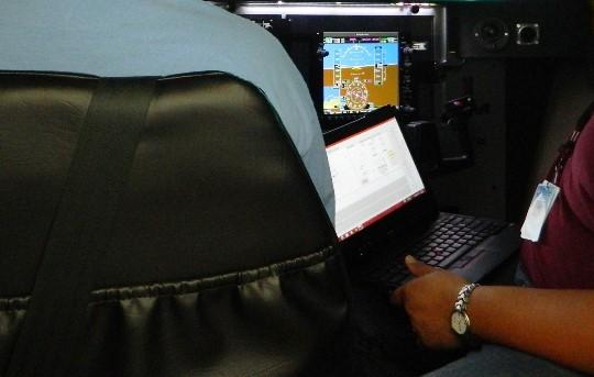 redbird cessna flight simulator