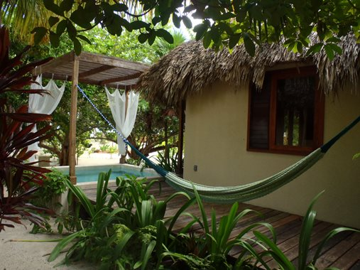Beach front resorts in Belize