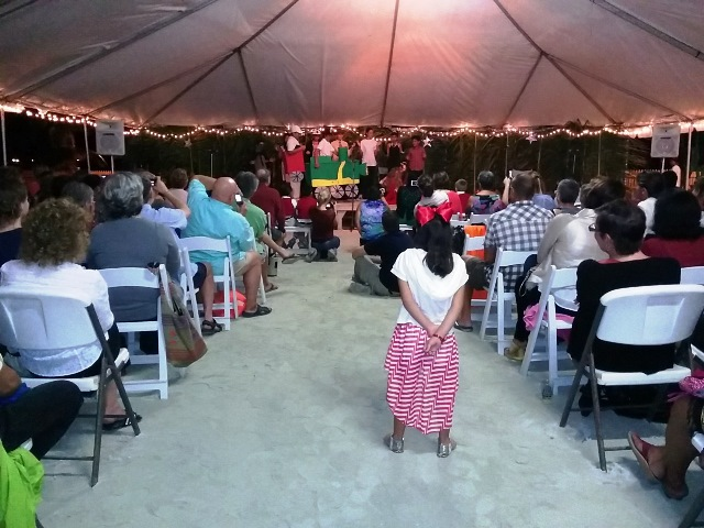 San Pedro Belize weather did not stop the crowd from attending the Christmas Story.