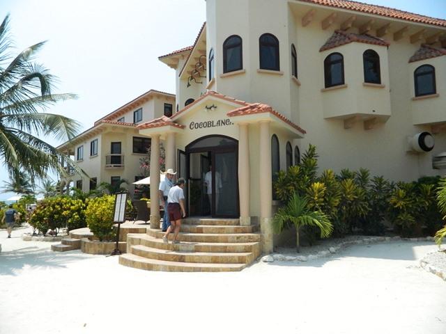 Cocoblanca Restaurant Resorts in Belize