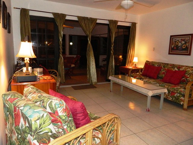 beachfront  condos for rent in belize
