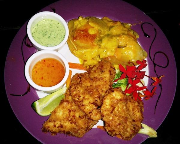 mojo restaurant placencia belize